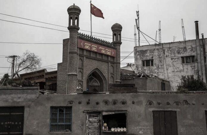 Masjid di Xinjiang, China