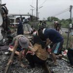 Bus tabrak kereta api di Thailand,17 tewas