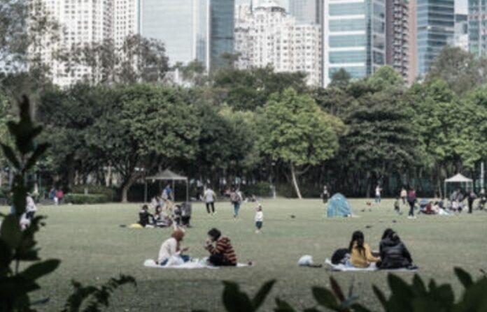 Mulai 2 Desember, Aturan Berkumpul Tidak Boleh Lebih Dari 2 Orang, Para Pegawai Negeri Akan Bekerja dirumah
