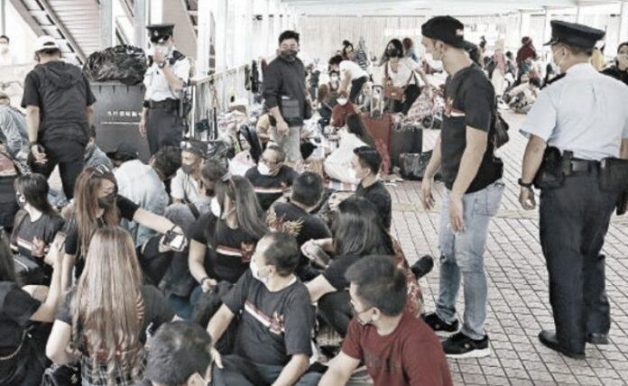 denda bagi pelanggar social distancing di Hong Kong